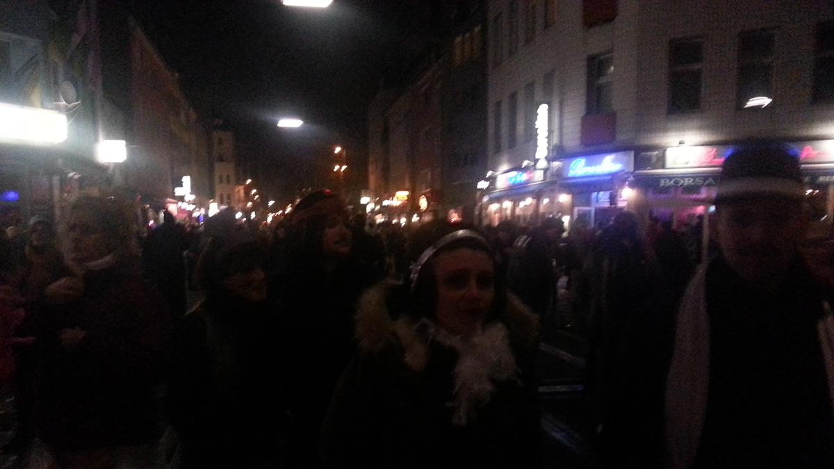 Köln, Samstagabend zu Karneval