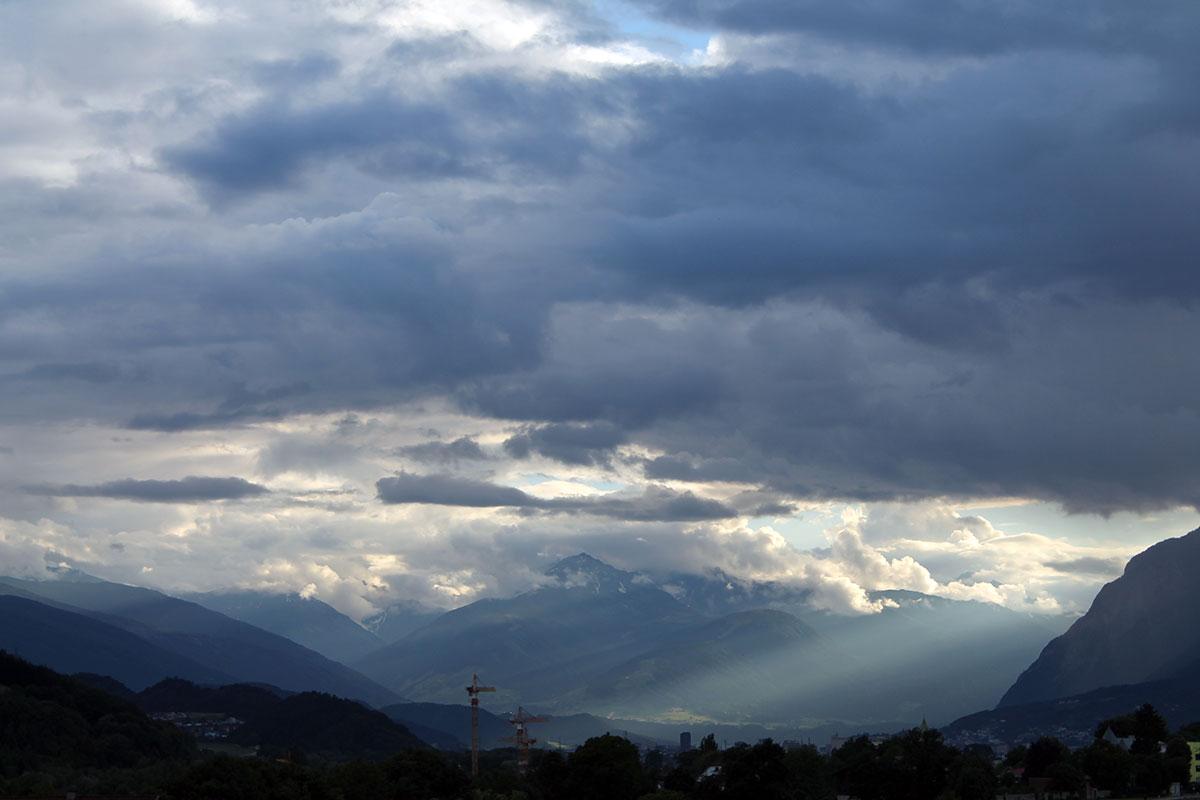 Blick aus dem Hotelfenster in Mils/Tirol