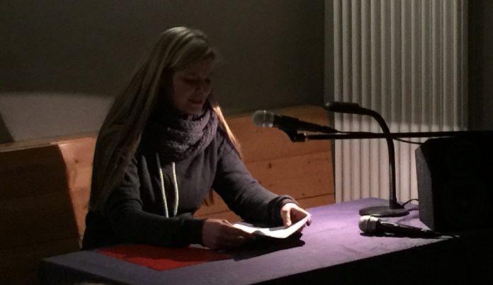 Pia Drießen bei der #MiMiMiMi!-Winterlesung 2016