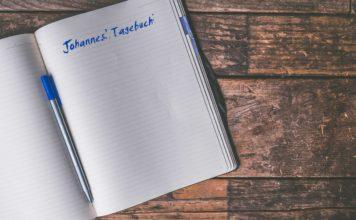 Ein Heft, in dem Johannes' Tagebuch steht